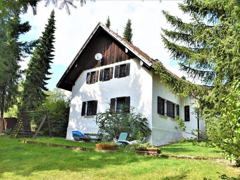 Charmantes Bauernhaus für bis zu 12 Personen im Naturpark Bayerischer Wald, location de vacances à March