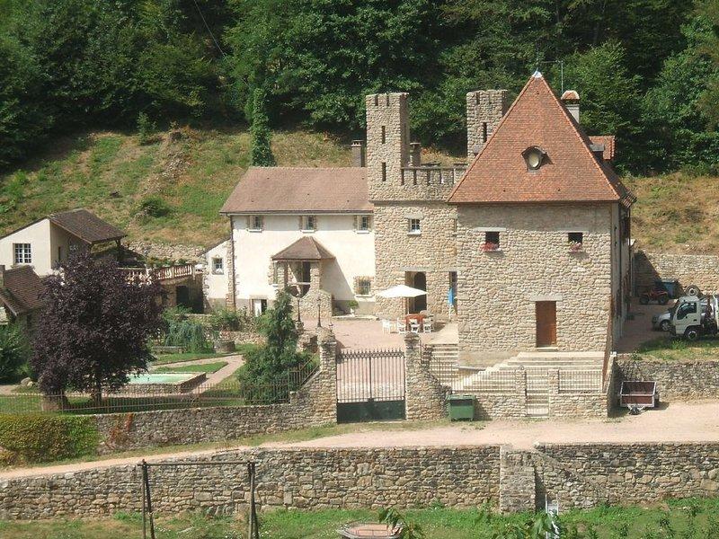 Domaine du Bas de Chêne, holiday rental in Ecuisses