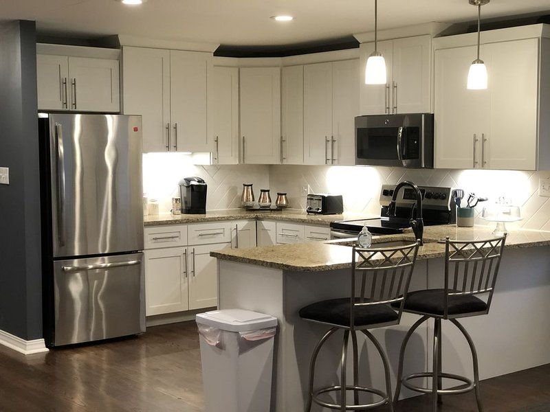 St Louis Hills Apartment, holiday rental in Maplewood
