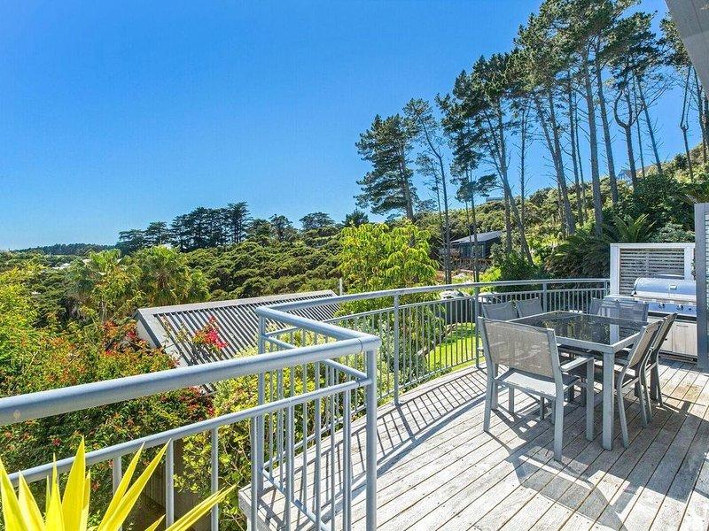 Villa Casita - Gorgeous Palm Beach Villa, holiday rental in Waiheke Island