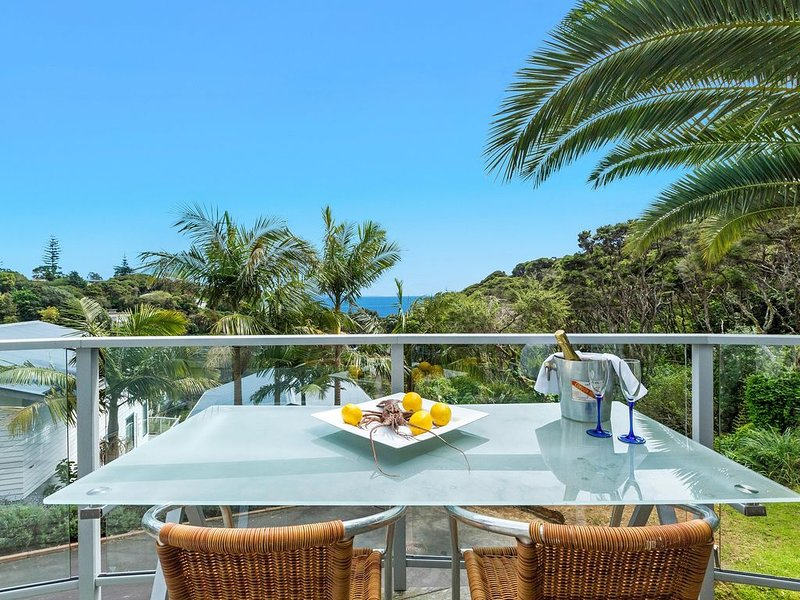 Villa Solitude - Tranquil 1 Bedroom Holiday Villa - Palm Beach, aluguéis de temporada em Ostend