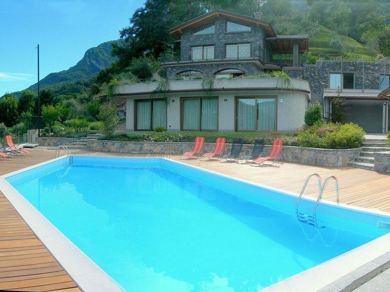 Sumptuous and panoramic Lake Como villa., vacation rental in Lierna