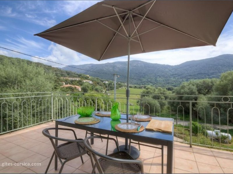 Gite PETRABIANCA 1er etage, vacation rental in Piana