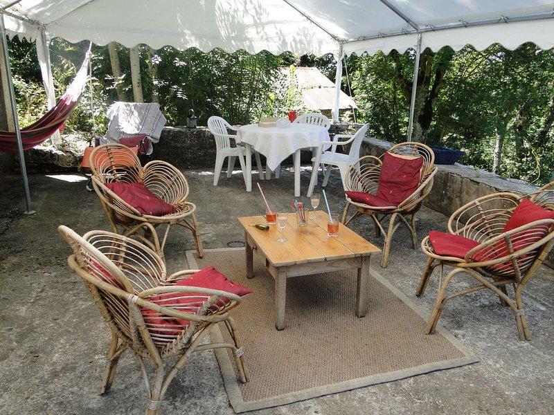 Gîte La  Riboune, location de vacances à Saint-Georges-de-Lévéjac
