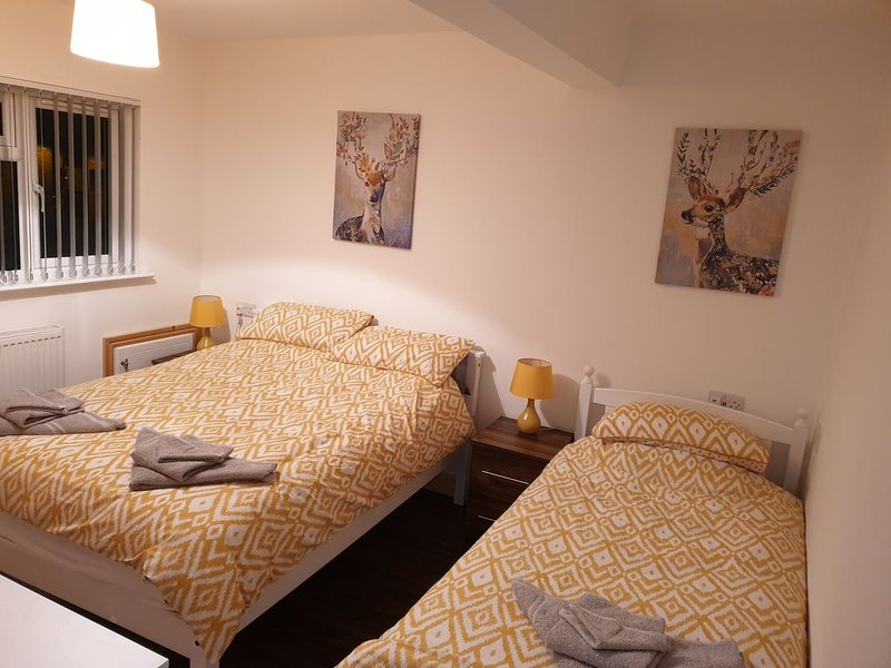 Conway House - 3 Ensuite Bedrooms perfect for corporates and families, aluguéis de temporada em Morley