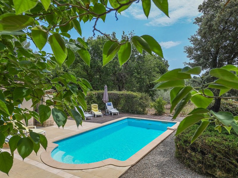 La Doudanne - In the heart of the lovely Provence, casa vacanza a Ansouis