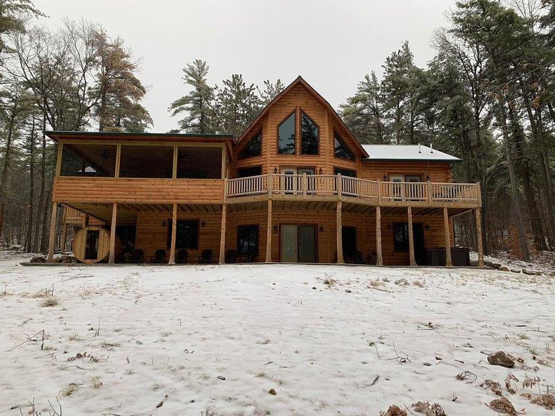 Ski Whiteface  Deer Pine Chalet luxurious log cabin, location de vacances à Jay
