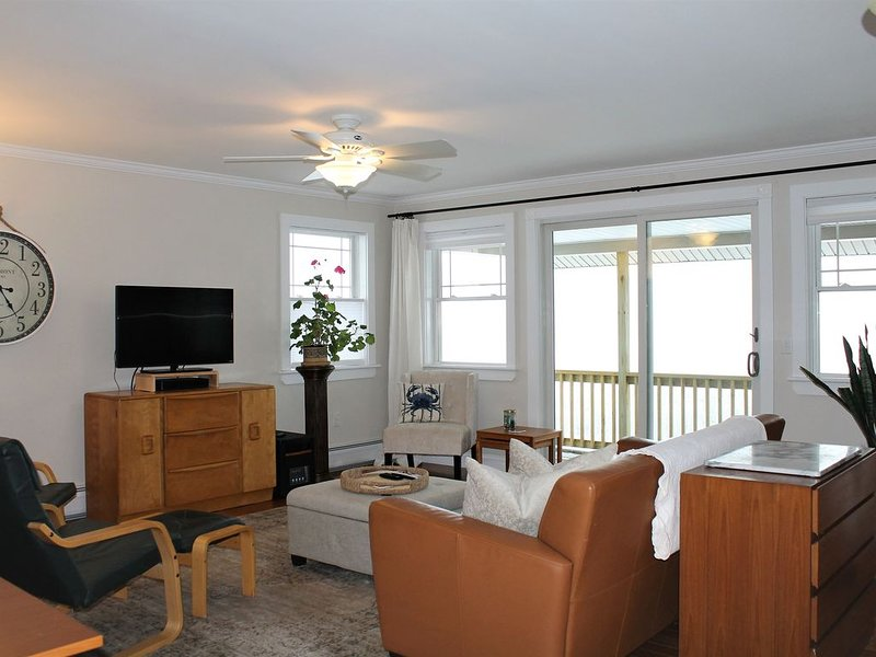 NEW LISTING! UPSCALE APT with AC! Central to ACADIA NAT PARK BAR HARBR Schoodic, location de vacances à Ellsworth