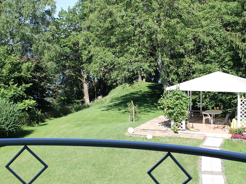 Ferienwohnung mit Blick ins Grüne, casa vacanza a Überlingen
