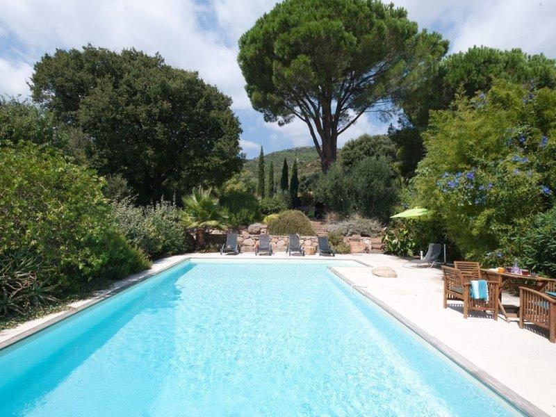 GITE de CHARME 6 pers PISCINE CHAUFFÉE PARTAGÉE AVEC PROPRIETAIRE, alquiler de vacaciones en San-Gavino-di-Carbini