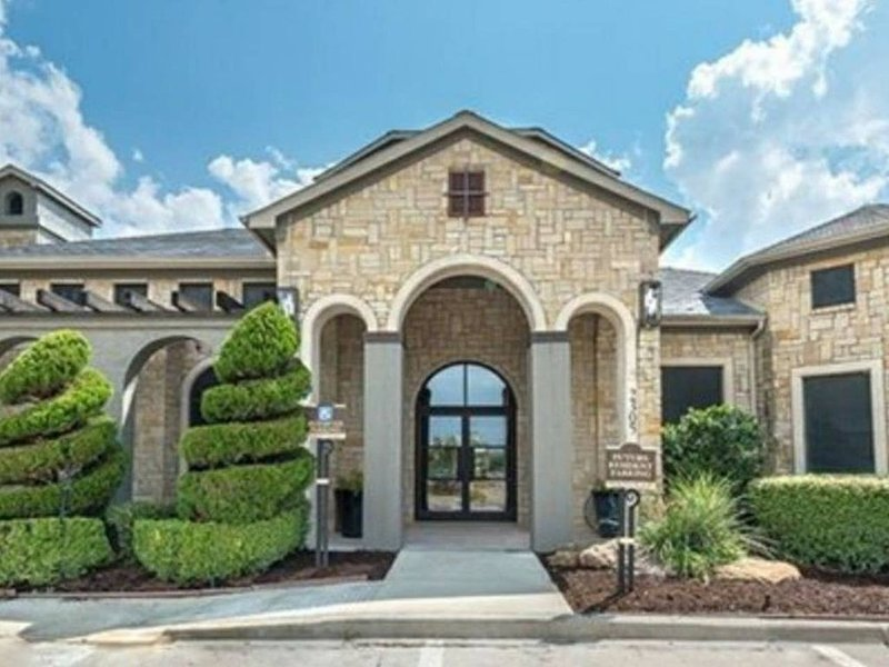 McKinney Luxury in Stonebridge Ranch - Entire Space with Luxury Bedding & More, vacation rental in Melissa
