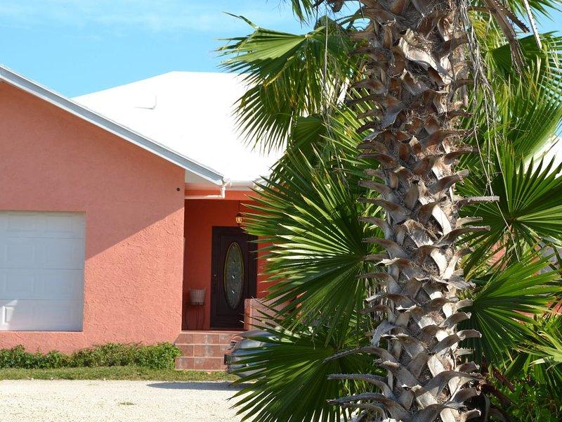 55 Oasis Villa  (Make it your Home), alquiler de vacaciones en Leeward