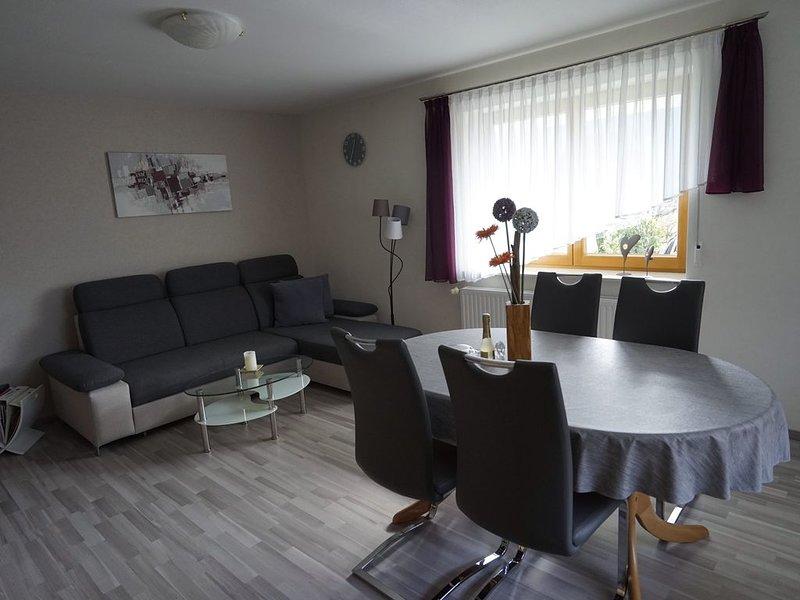 Ferienwohnung Bohnert, 56qm, 1 Schlafzimmer, max. 2 Personen, aluguéis de temporada em Oberharmersbach