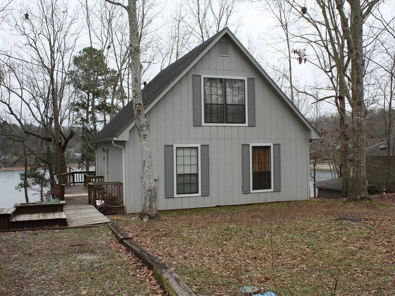 Smith Lake Rentals & Sales - TREEHOUSE - Private treehouse in the woods, holiday rental in Crane Hill