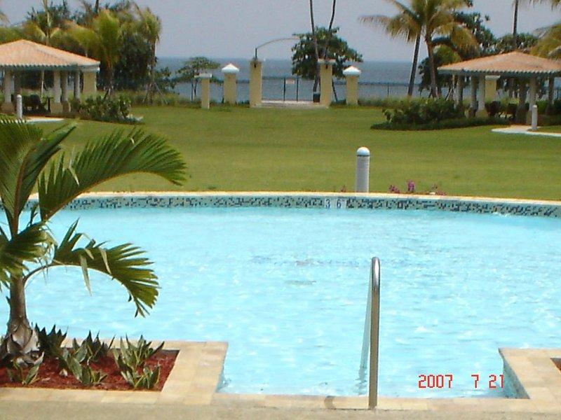 Aquatika #5101 Perfect location for family vacation!!, aluguéis de temporada em Loiza