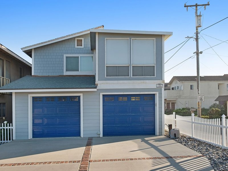 Scenic house with ocean views w/Ping-Pong & foosball tables - Dogs ok!, holiday rental in Oceano
