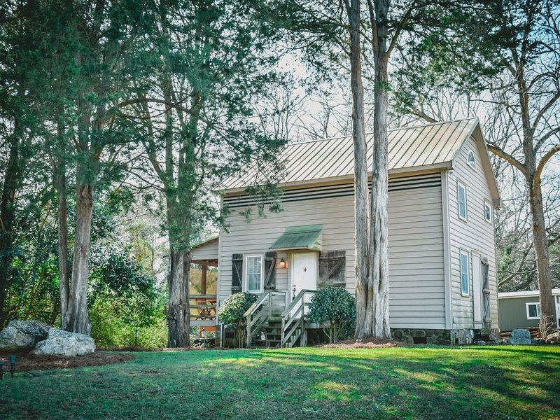 The Historic Selwood Cottage, holiday rental in Seven Oaks