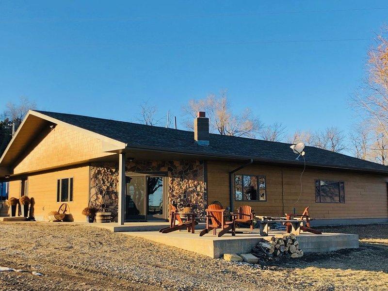 Ranch Getaway, river hills, sleeps 20, casa vacanza a Gregory