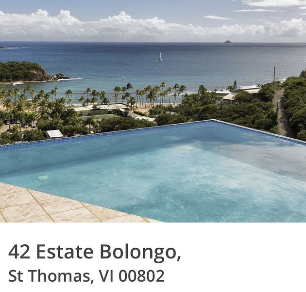 4bd 4.5 baths House and two private apartments. Beautiful views! Self check in!, holiday rental in Bolongo Bay