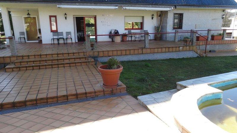 ***Casa de Lolo Esgos***, aluguéis de temporada em Nogueira de Ramuin