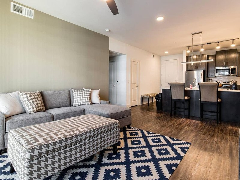 LegacyWest|Corporate|2Bed|Courtyard View, alquiler vacacional en Plano