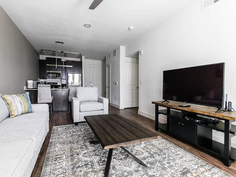 LegacyWest Windrose|Corporate|1 Bedroom|Pool View, alquiler vacacional en Plano