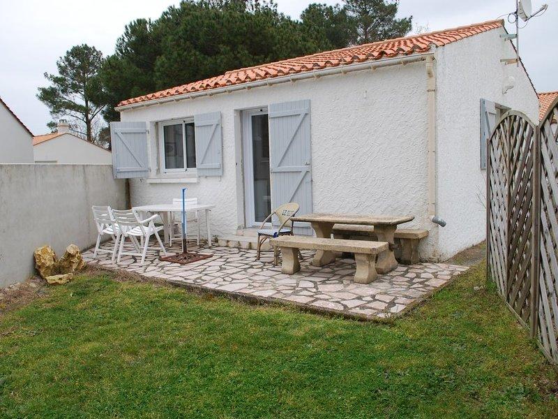 Maison individuelle repos et calme assuré, holiday rental in Saint-Hilaire-de-Riez
