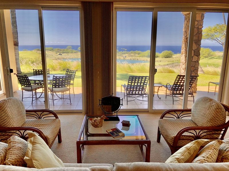 Best Ocean & Sunset View/BBQ/Hotel Amenities Available, vacation rental in Kohala Coast