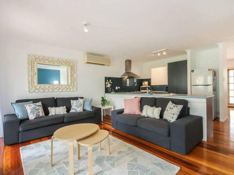 Stylish 3 Bedroom Family Home in Leafy Paddington, alquiler vacacional en Everton Park