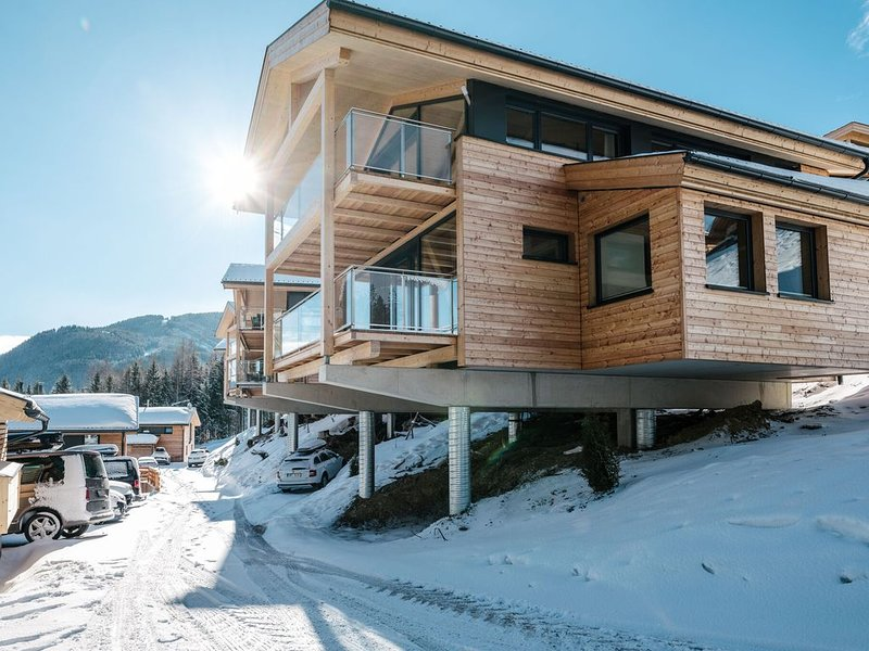 Luscious Chalet in Schladming with Whirlpool & Sauna, vacation rental in Schladming