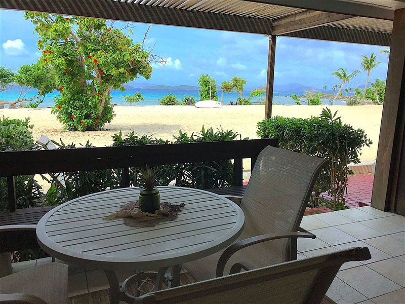 Sapphire Beach Paradise Fully Renovated Beach Level Condo B Building., holiday rental in East End