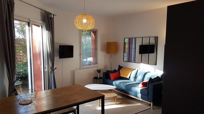 'A l'orée d'Angers'  résidence T1 bis  avec terrasse, location de vacances à Briollay