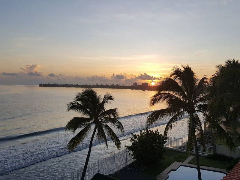 Comfortable, cozy oceanfront apartment., vacation rental in El Yunque National Forest