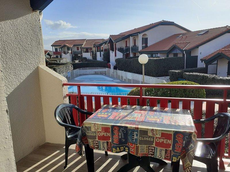 T2 avec mezzanine dans résidence sécurisé 5 personnes (4 adultes max), vacation rental in Capbreton