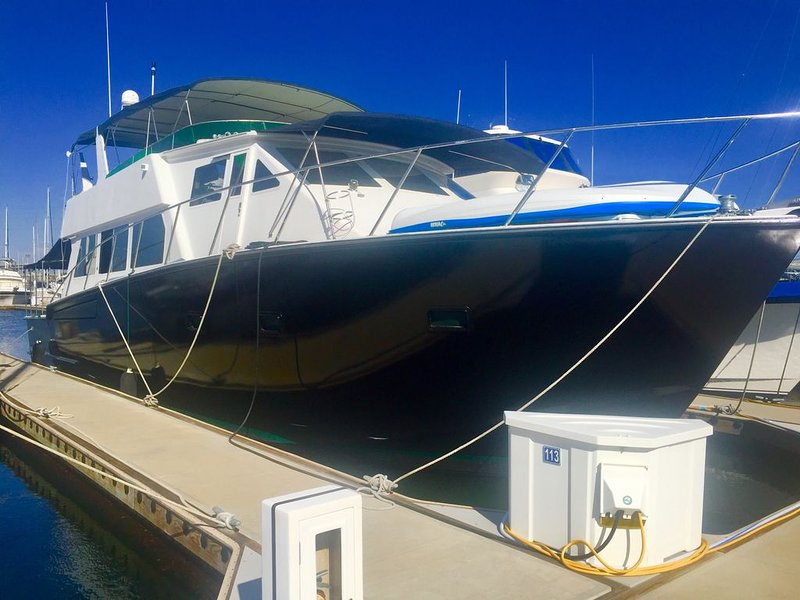 The West Star Yacht Staycation on the water, casa vacanza a Bonita
