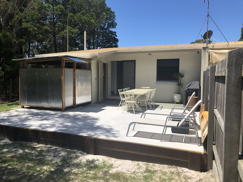 'The Swans Nest' Beach House – semesterbostad i Gympie Region