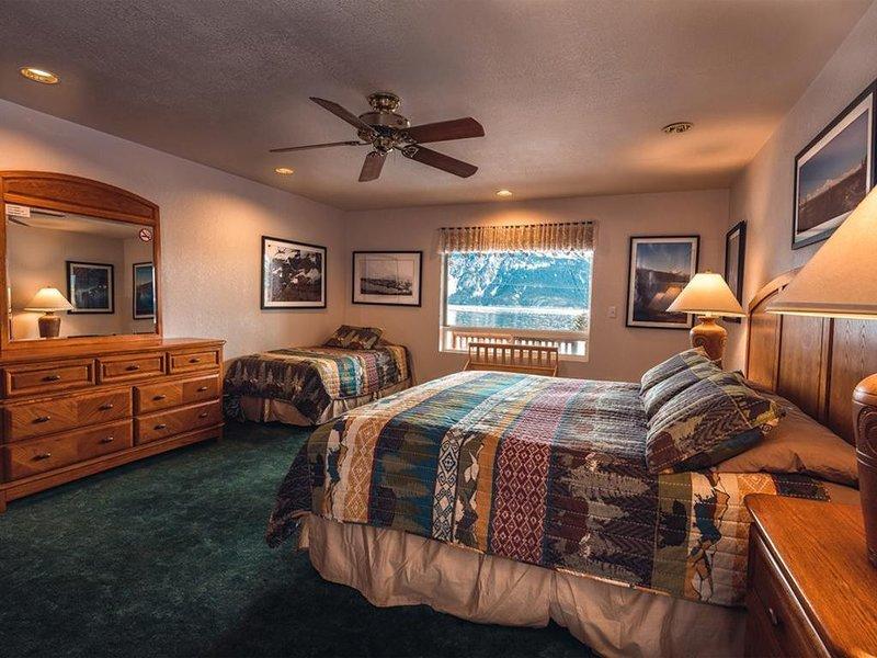 Suite 2 Lynn View Lodge, location de vacances à Haines