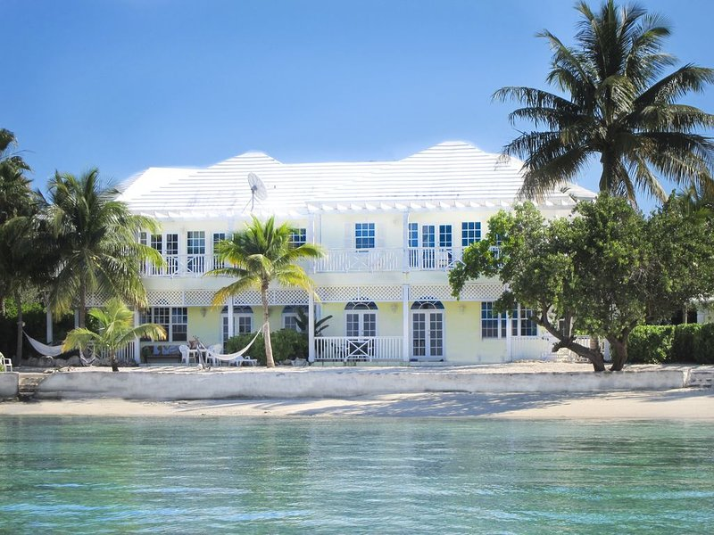 Beachfront Villa - On the beach  at February Point George Town, Great Exuma, vacation rental in George Town