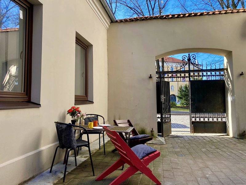 Castle square Guest house, vacation rental in Riga Region