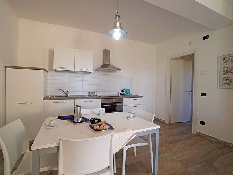 Cascina al Colle - Appartamento Ilsa Nuovo, vacation rental in Piombino