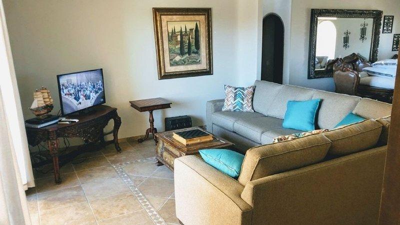 Bella Sirena B-705 Beautiful Oceanfront 3-bdrm, 3 bath Luxury Penthouse, vacation rental in Puerto Penasco