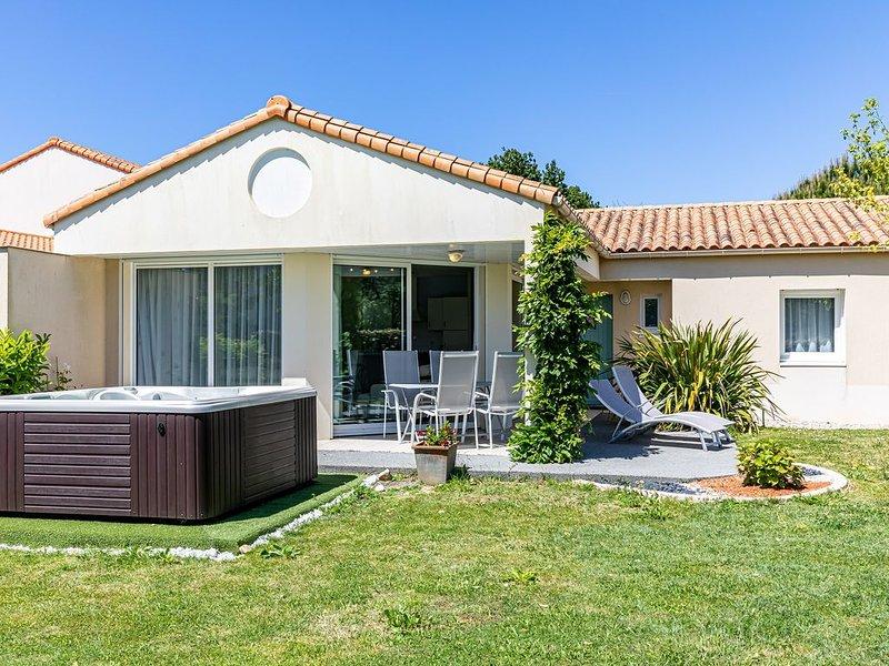 Villa 6 personnes avec Jacuzzi aux Sables d'Olonne, holiday rental in Sainte-Foy