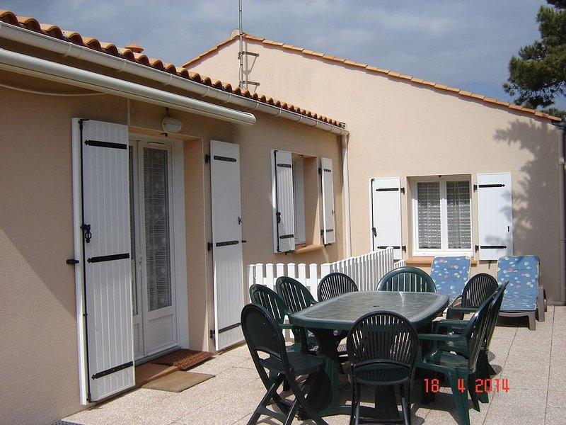 Maison 8pers 300m mer et commerces, aluguéis de temporada em Bretignolles Sur Mer