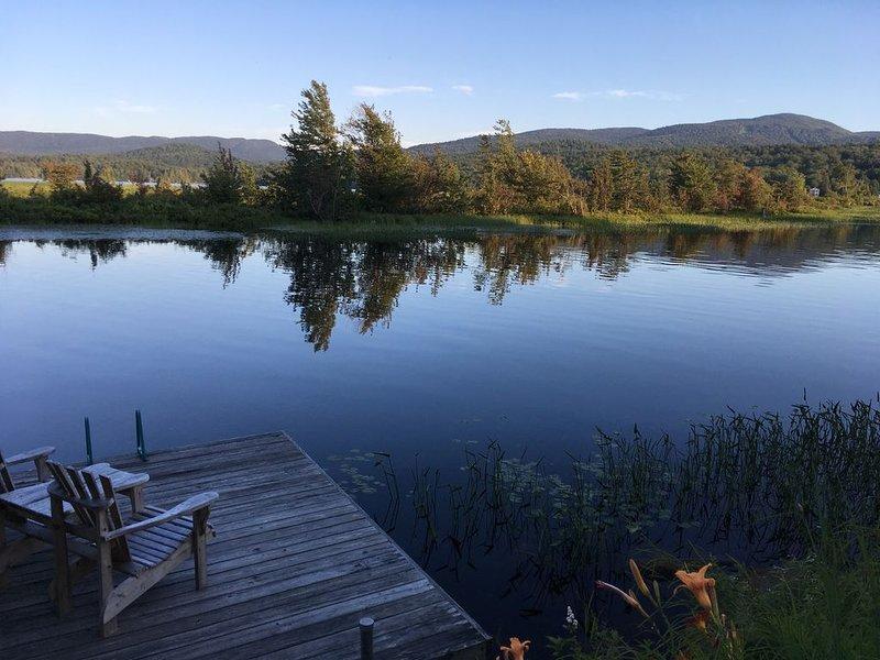 Tupper Lake Riverside House, casa vacanza a Childwold
