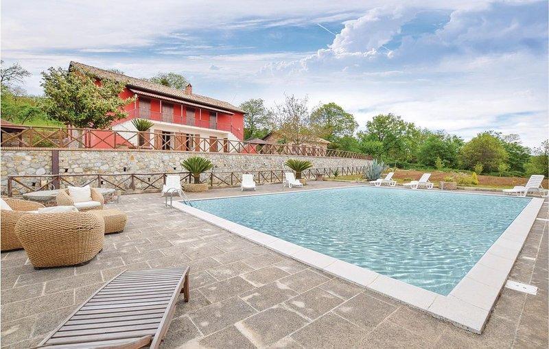 5 Zimmer Unterkunft in Olivadi CZ, holiday rental in Girifalco