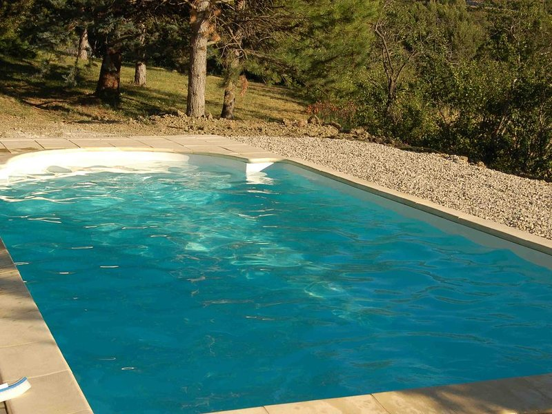 Le Toupin , Mas provençal, holiday rental in Eygaliers