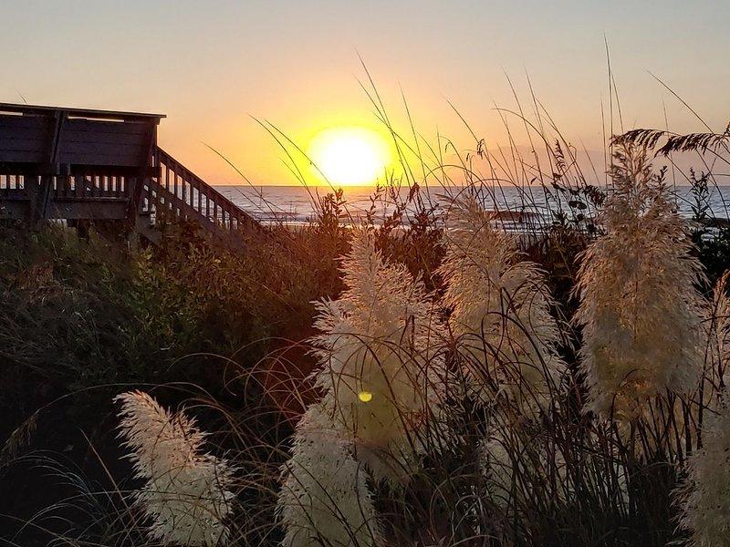 Once Upon a Tide - Beachfront Condo, casa vacanza a Surfside Beach