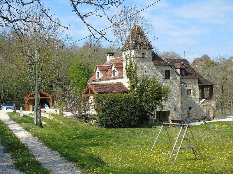 Superbe maison de famille au calme, environnement privilégié !!, location de vacances à Montfaucon