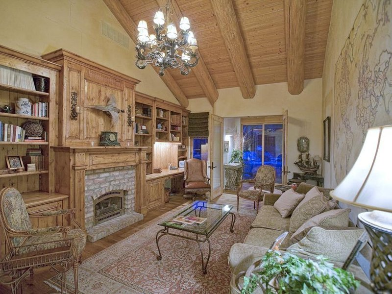 NEW! Flyfish the Big Wood River From This Luxury Home, vacation rental in Hailey