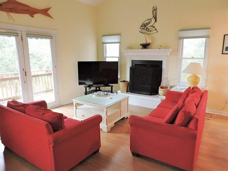 Pet Friendly, Affordable and private Single family home, vacation rental in Emerald Isle